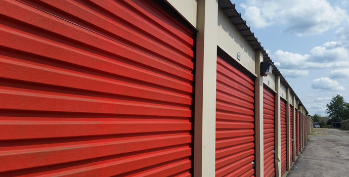 Ordinaire Red Door Units
